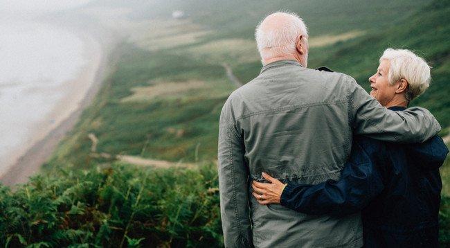 「论股网」65岁老人可以买保险吗 65岁可以买什么保险